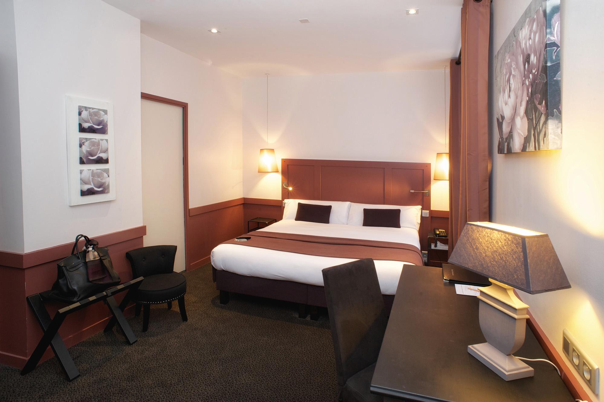 chambre lieutenant maison des armateurs hotel saint malo intra muros. Black Bedroom Furniture Sets. Home Design Ideas